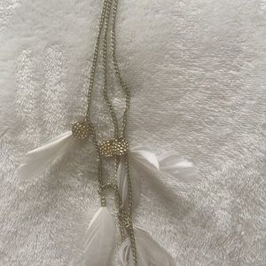 Jewelry - Layered feathered necklace